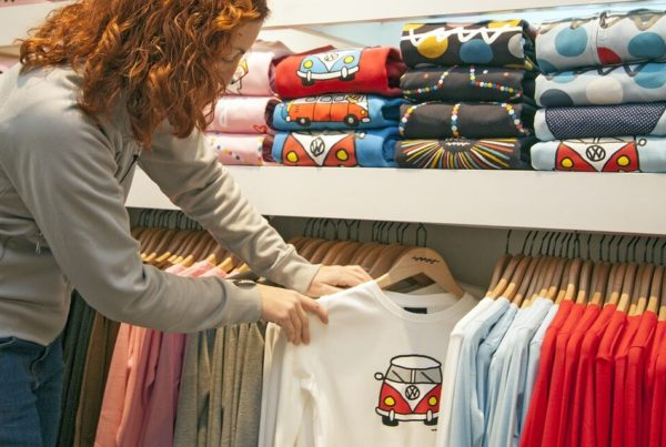 t-shirt-store