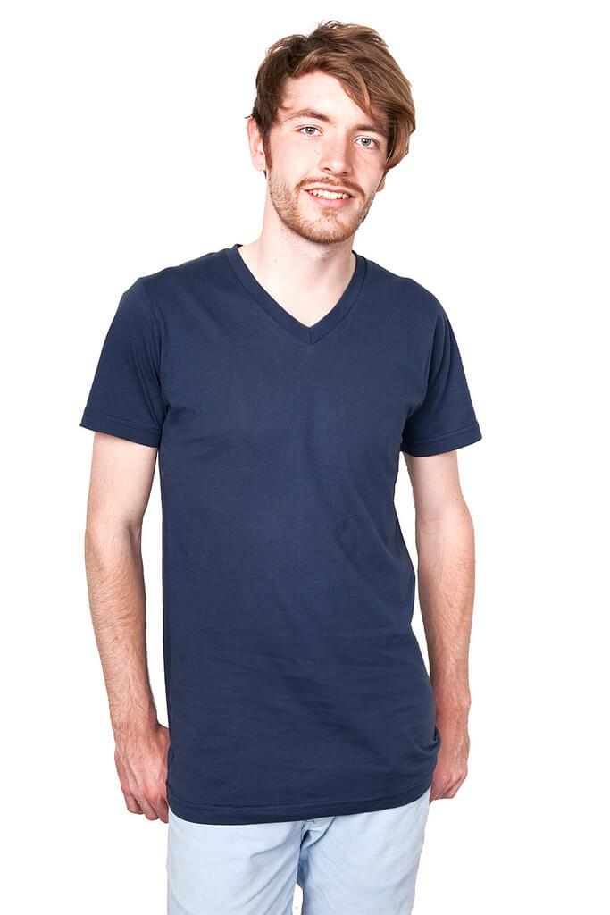 חולצת צווארון וי כחולה לגברים